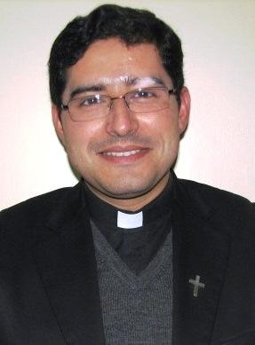 TORRES MOLINA FERNANDO ALEXIS (Vicario San Miguel Arcángel)