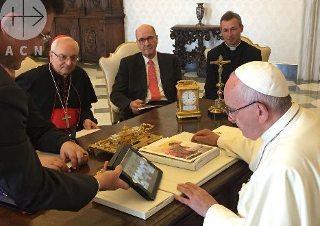 "ACN delegation with Pope Francis - presenting ""Be God´s Mercy"" video"