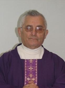 URIBE GUTIERREZ MARCOS (rector del Santuario de Lourdes)